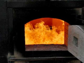 Отопительное оборудование на угле. Угольная печь